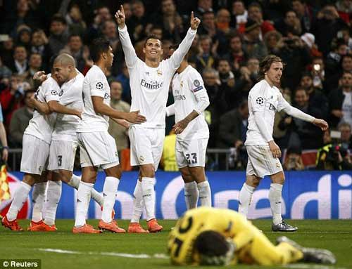 Real Madrid - AS Roma: Khác biệt ở siêu sao - 1